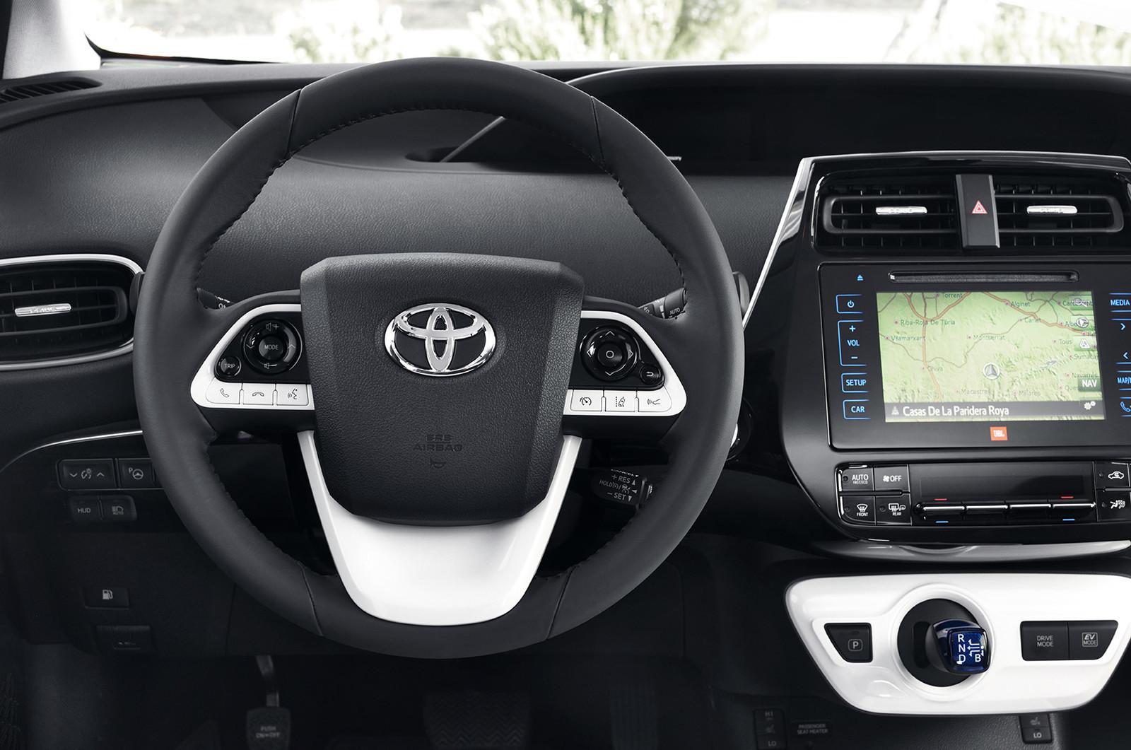 Foto de Toyota Prius 2016 (77/90)