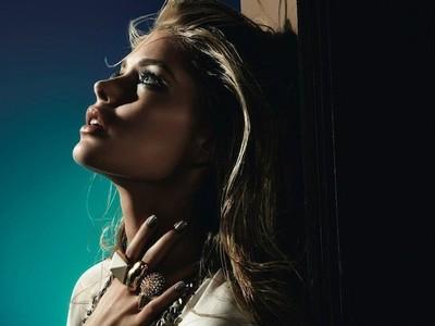 L'Oréal presenta una colección inspirada en el Festival de Cannes 2013 con  Doutzen Kroes