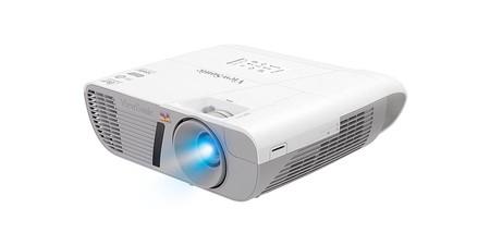 Para verlo todo en la gran pantalla, hoy tienes en Amazon el proyector Viewsonic PPJD7828HDL, por 479 euros
