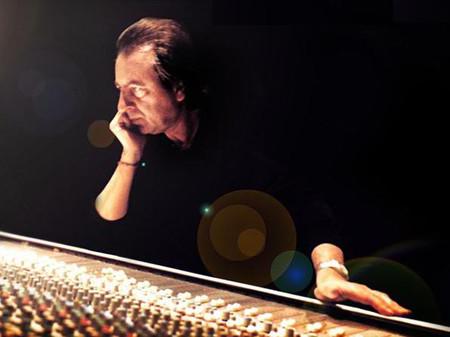 Fallece a los 74 años Josep Llobell, creador de la mítica melodía de Movierecord