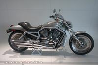 ¿Qué hace una Harley-Davidson en el Museo Porsche?