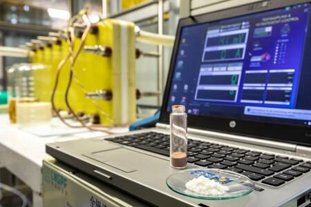Descubren el potencial de la vainilla en las baterías de flujo para evitar la sobrecarga en la red eléctrica