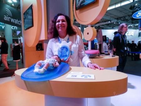 Este colchón biónico mantiene conectadas a las madres con sus bebés prematuros