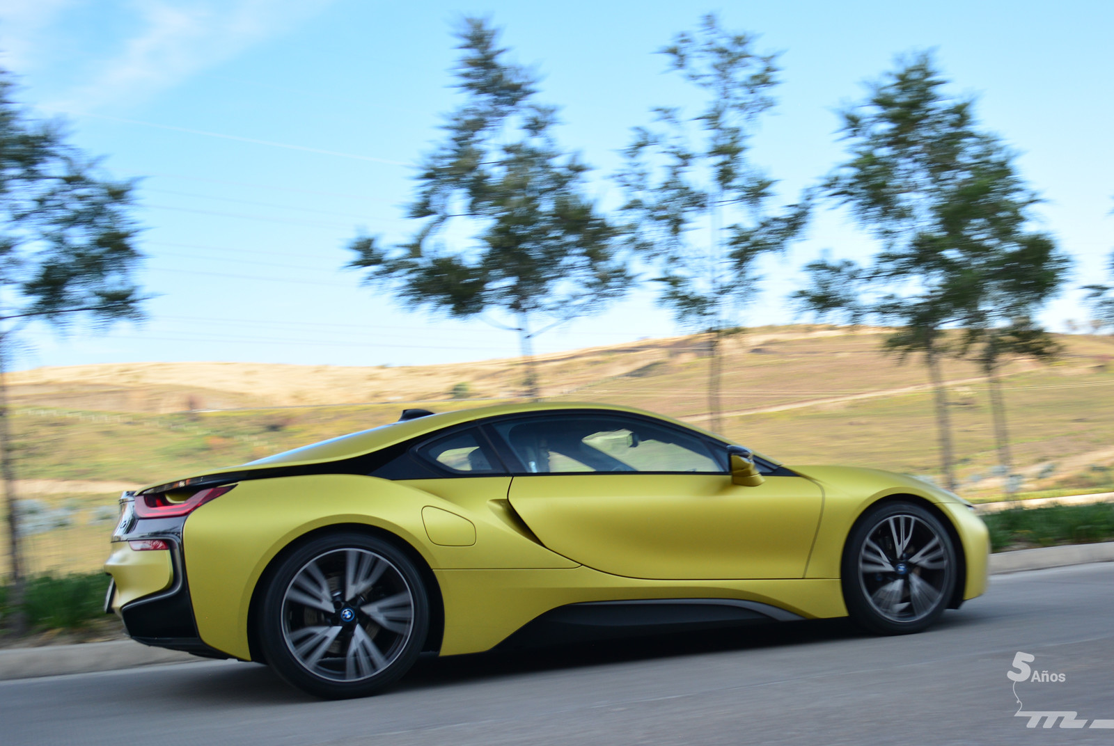 Foto de BMW i8 Protonic Frozen Yellow 2017 (7/21)