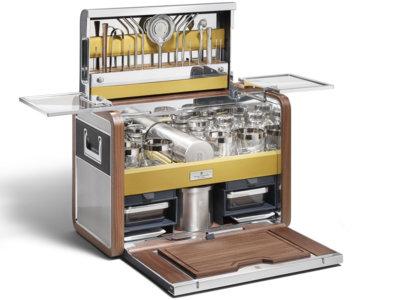 Esta maleta-coctelería de Rolls-Royce cuesta más que tu coche