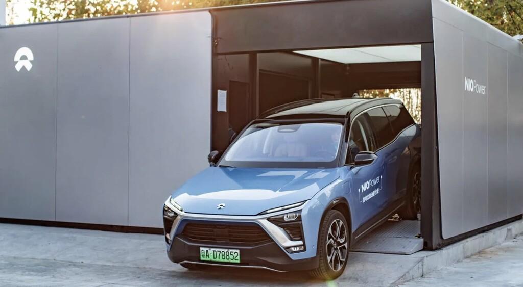 Ante la incomodidad de cargar un vehículo eléctrico en China hay una nueva tendencia: baterías intercambiables