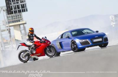 Ducati 899 Panigale contra Audi R8 V10 Plus (técnica)