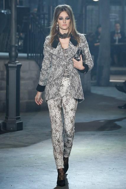 Foto de Colección Chanel Métiers d'Art 2016 (16/80)