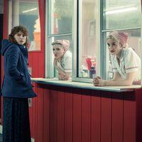 'Estoy pensando en dejarlo': Netflix lanza las primeras imágenes y pone fecha de estreno a la nueva película de Charlie Kaufman