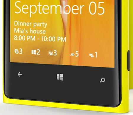 Las notificaciones en la pantalla de bloqueo de Windows Phone 8, en Nokia Lumia 920