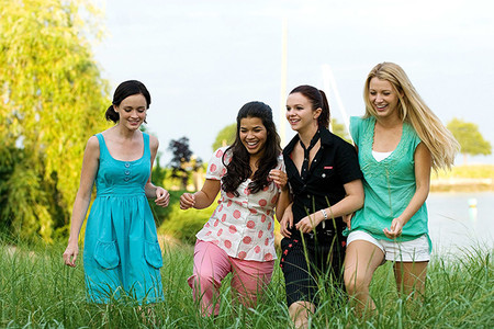The Sisterhood Of The Traveling Pants Uno Para Todas Netflix Blake Lively