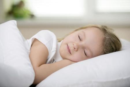 Cómo ayudar a los niños a lograr un buen descanso nocturno