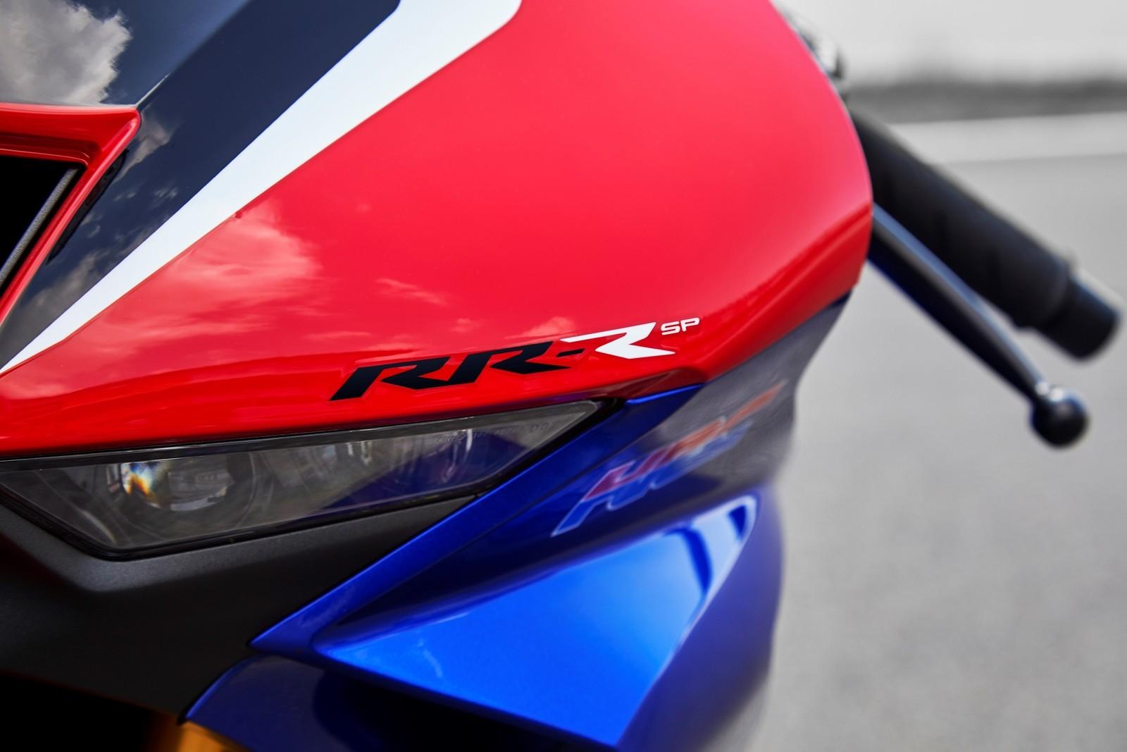 Foto de Honda CBR1000RR-R SP Fireblade 2020 (8/35)