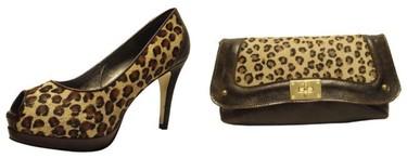 Encuentra tu bolso o zapato con estampado leopardo en Fosco