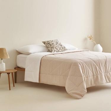 Ya están aquí las rebajas de Zara Home así que es el momento ideal para renovar textiles o para darse algún capricho decorativo