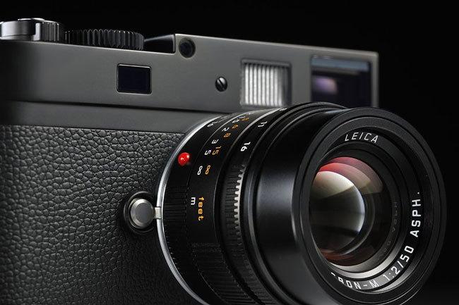 Leica M Monochrome front
