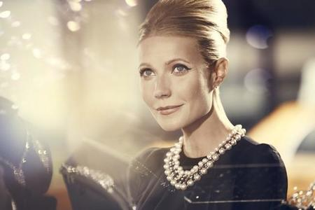 Max Factor transforma a Gwyneth Paltrow en un icono de cada década