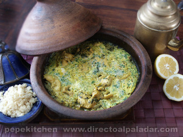 Tajine marroquí de pollo y cilantro. Receta