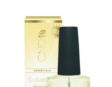 Probamos Solar Oil de CND, un aceite nutritivo para cutículas resecas