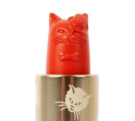 La línea de cosméticos de Paul & Joe inspirada en la iconografía felina