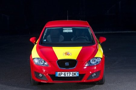 SEAT León rojo y amarillo