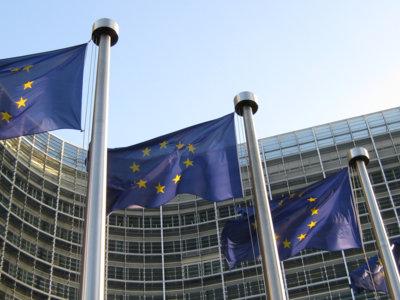 Qué tendría que cambiar Google en Android según la UE tras la acusación de posición nominante