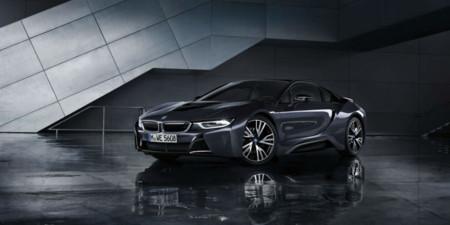 BMW i8 Protonic Dark Silver Edition: El traje de gala para el híbrido por excelencia de BMW