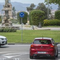 La DGT recuerda cómo realizar correctamente las maniobras más arriesgadas en carretera y ciudad