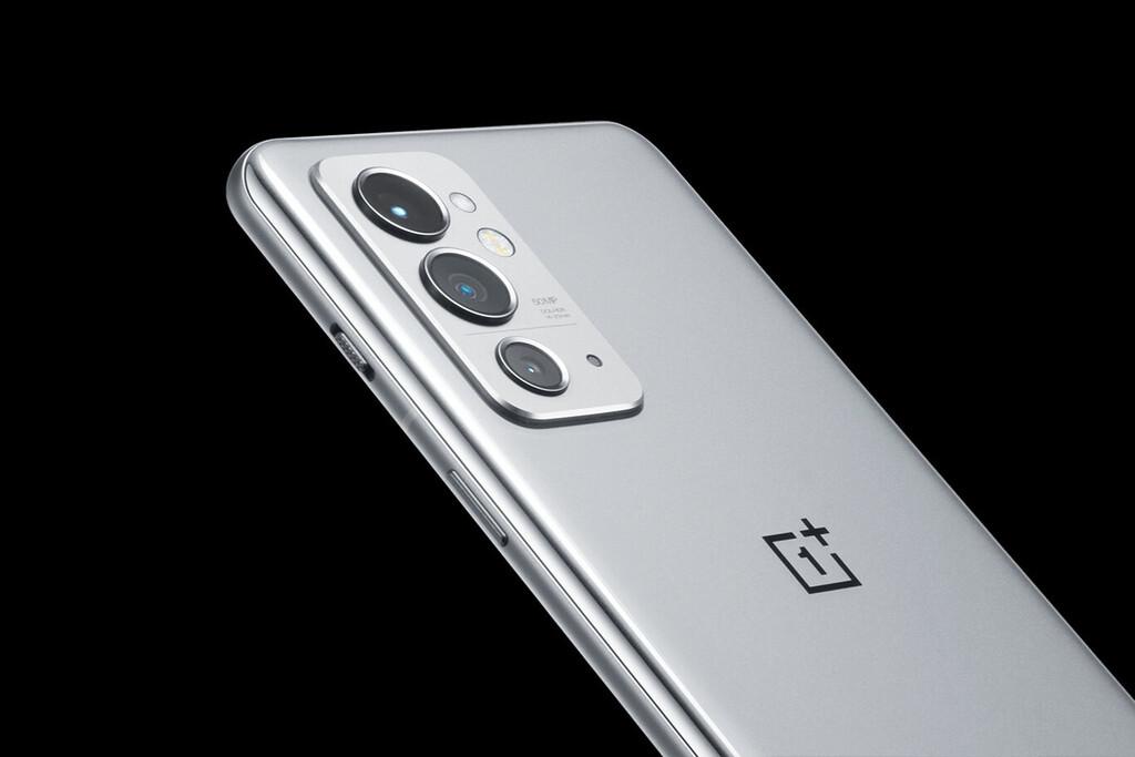 El OnePlus 9RT apenas tiene secretos: la marca confirma algunas características de forma oficial
