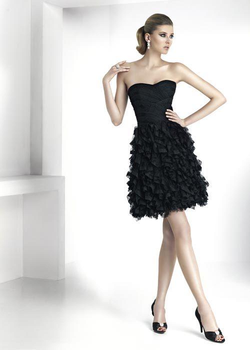 Foto de Moda de fiesta Navidad 2011, 20 vestidos negros de fiesta: homenaje al little black dress (8/20)