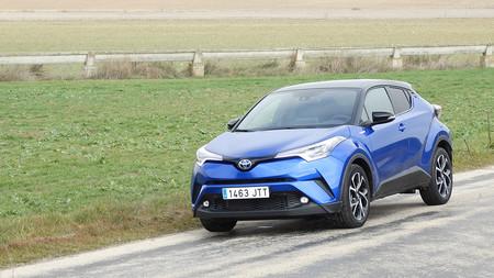 Probamos el Toyota C-HR, un crossover que ha aprendido de lo mejor del Prius