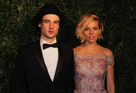 Tom Sturridge y Sienna Miller, puro rollo