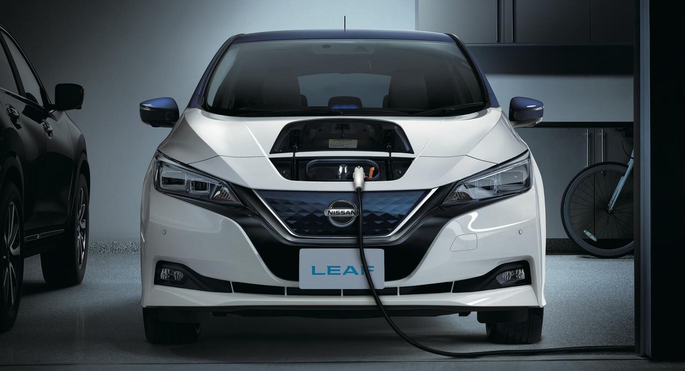 Nissan LEAF 2018 vs Tesla Model 3: comparativa de los dos ...
