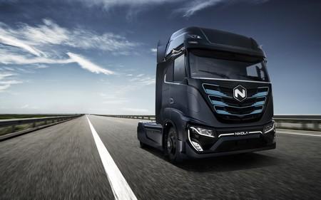El camión eléctrico Nikola Tre tendrá acento español: las fábricas de Iveco en Madrid y Valladolid suministrarán las baterías
