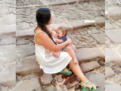 Una madre fue expulsada de una exposición en CosmoCaixa Elche por amamantar a su bebé