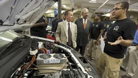 Estudiantes norteamericanos presentan a concurso un proyecto de coche híbrido con el motor de una Harley Davidson