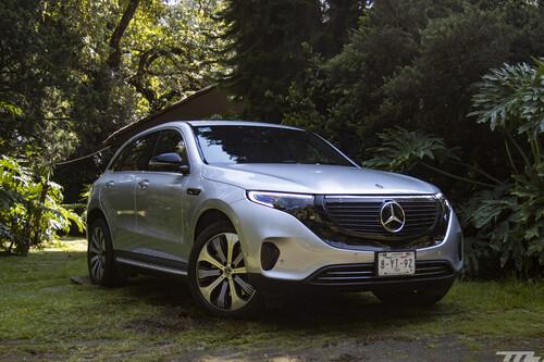 Mercedes-Benz EQC y Clase G, los manejamos: la dualidad entre un coche del futuro y otro que no conoce el paso del tiempo