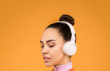 Tenemos que hablar de auriculares: uso, volumen y pérdida de audición