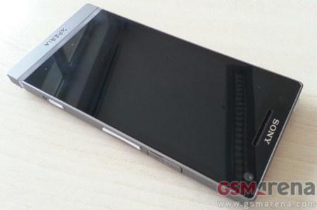 Sony Xperia SL, nuevas imágenes y más detalles