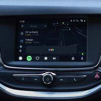 Cómo activar el truco escondido de Android Auto que abre la puerta a ver YouTube en el coche