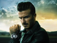 ¿Quién mejor para darnos la hora que el mismísimo David Beckham?