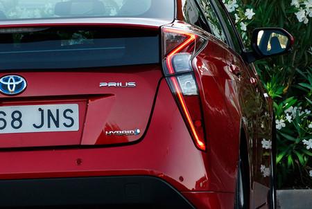 La cuarta generación del Toyota Prius renovará su estética en 2018