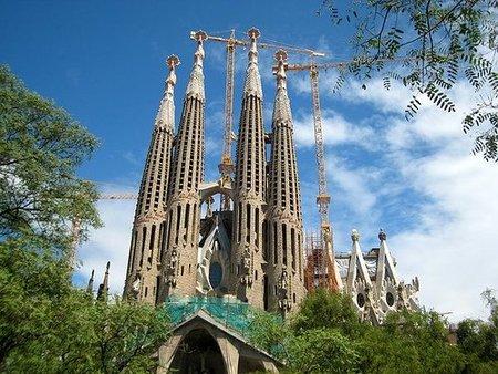 Encuesta: ¿Cuáles son las 5 ciudades españolas que un visitante extranjero no puede dejar de ver? Los resultados.