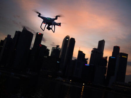 Cómo conseguir espectaculares tomas que parecen hechas con un dron en sitios donde estos aparatos voladores no están permitidos