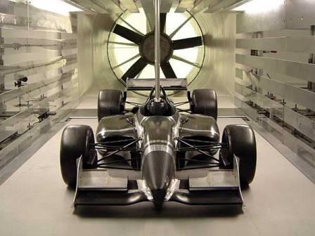 Los equipos que vienen de la Champ Car pueden pagar muy caro el salto a la IRL