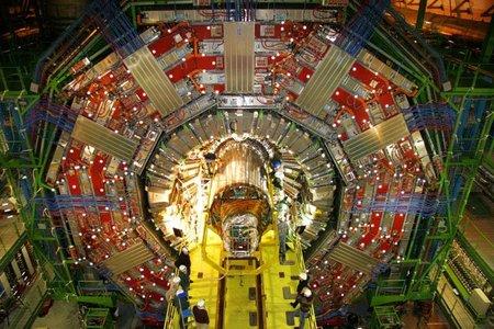 El Gran colisionador de Hadrones (LHC) consigue generar 'big bangs' en miniatura