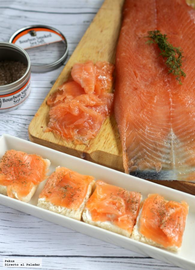 C mo hacer salm n ahumado casero con toque de bourbon for Como cocinar salmon plancha