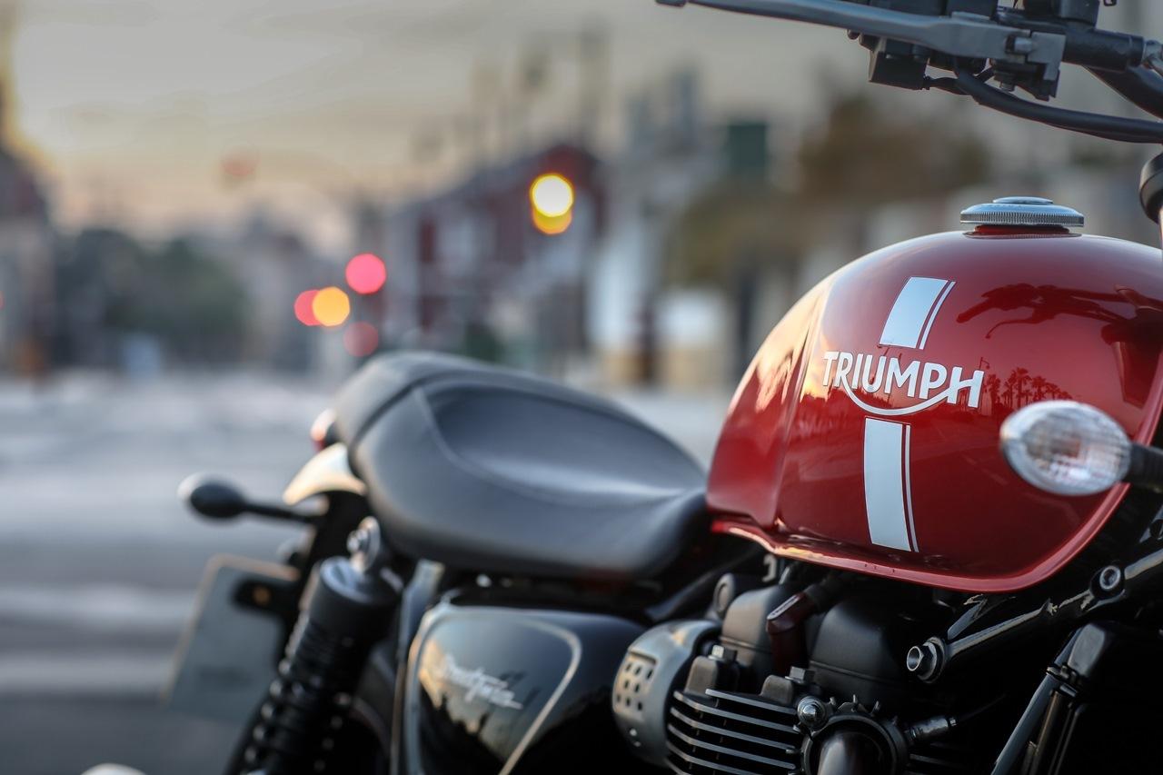 Foto de Triumph Street Twin (36/48)