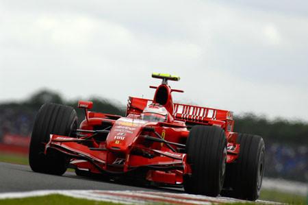 Ferrari empieza muy fuerte en Turquía