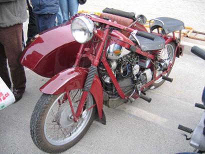 Feria de motos clásicas en Alicante